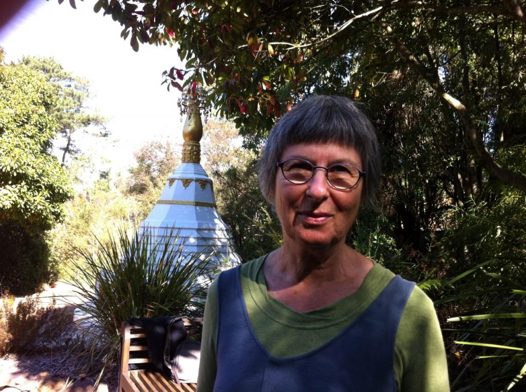 130610 Lesley and stupa